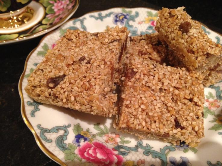 Sexy Sesame Seed Granola Bars